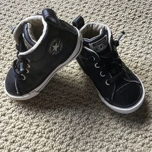 Toddler's Black Leather Converse Size 6